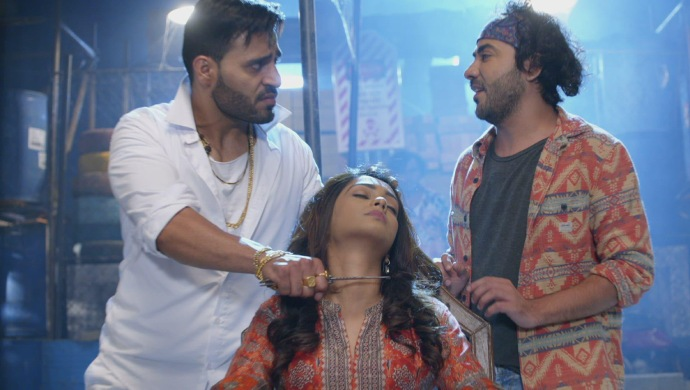 Still from Kumkum Bhagya with Prachi and the contract killers