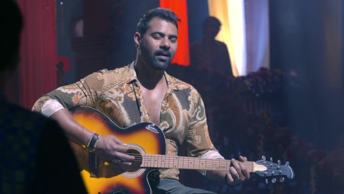 Still from Kumkum Bhagya with Abhi Singing